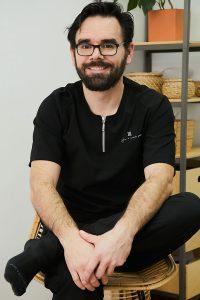 Jesús Arenas, fisioterapia y osteopatía, codirector de Clínica Nortia.